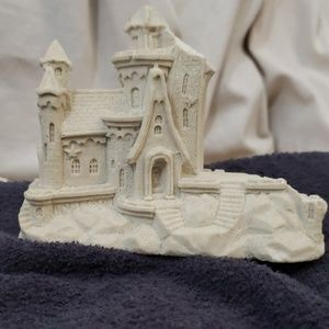 Other - Free with order: Sparkly sand castle